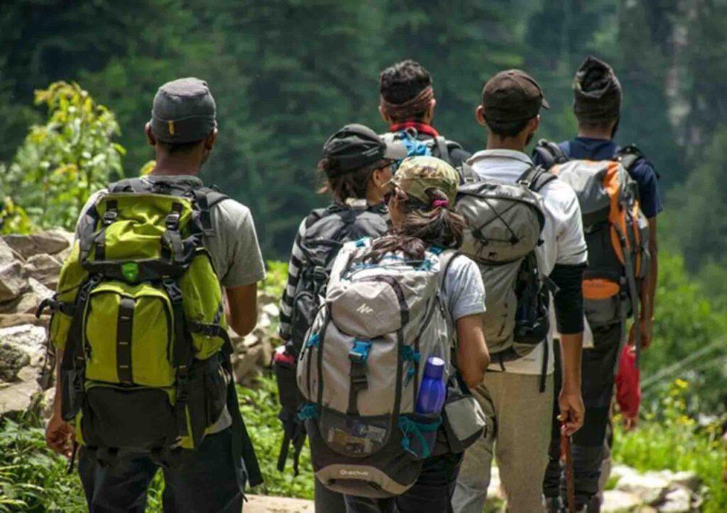 hiking di puncak bogor