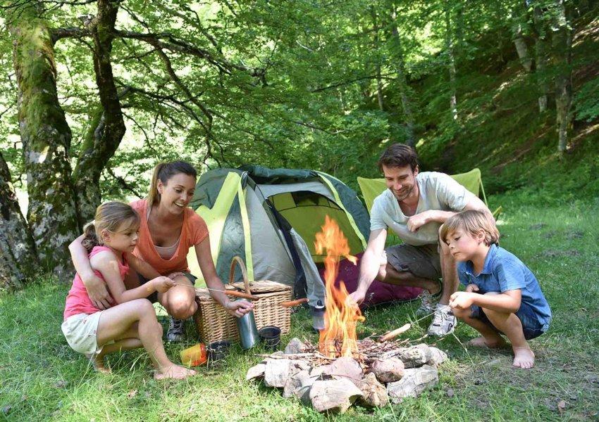 tempat camping keluarga di puncak